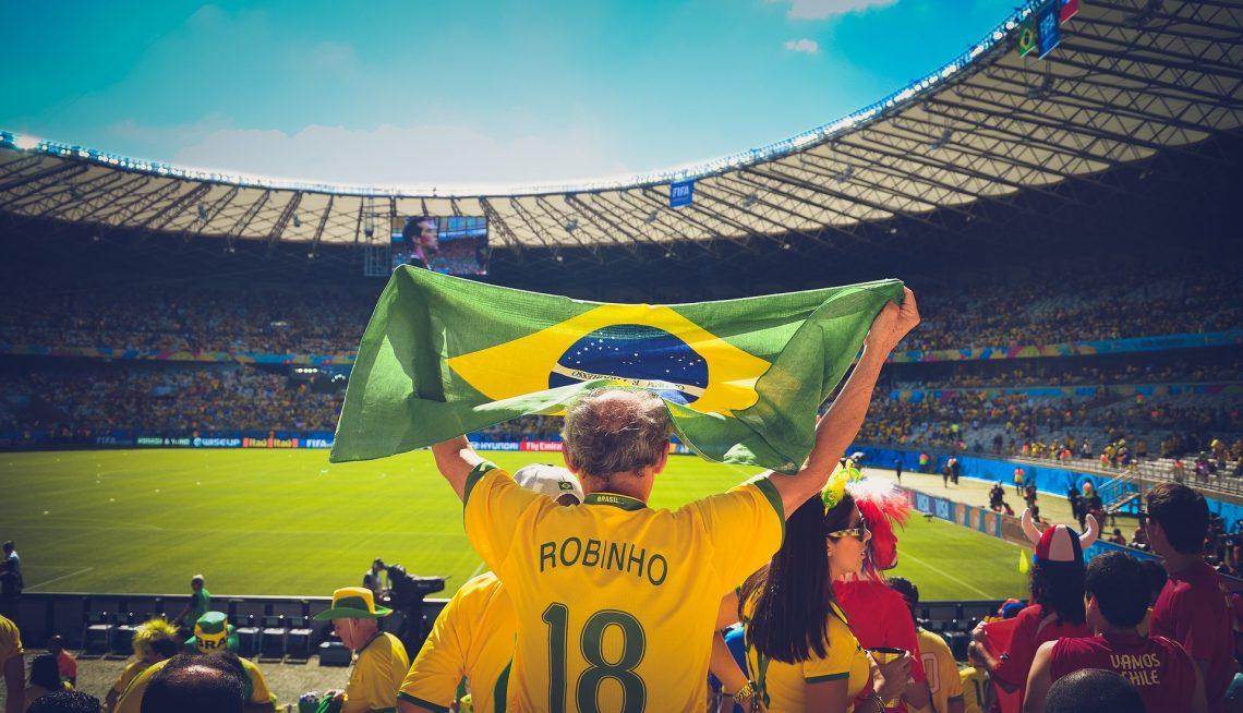 Vendas no e-commerce caem até 28% durante jogos do Brasil na Copa do Mundo