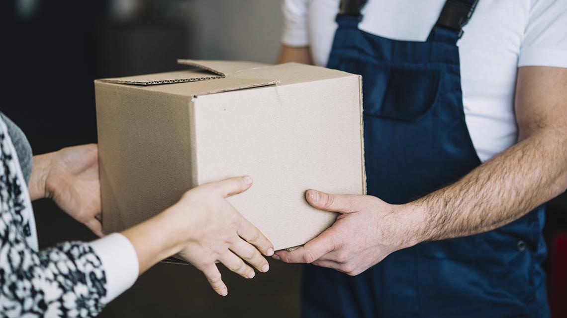Golpe da entrega errada: fraudadores retiram mercadoria na casa das vítimas