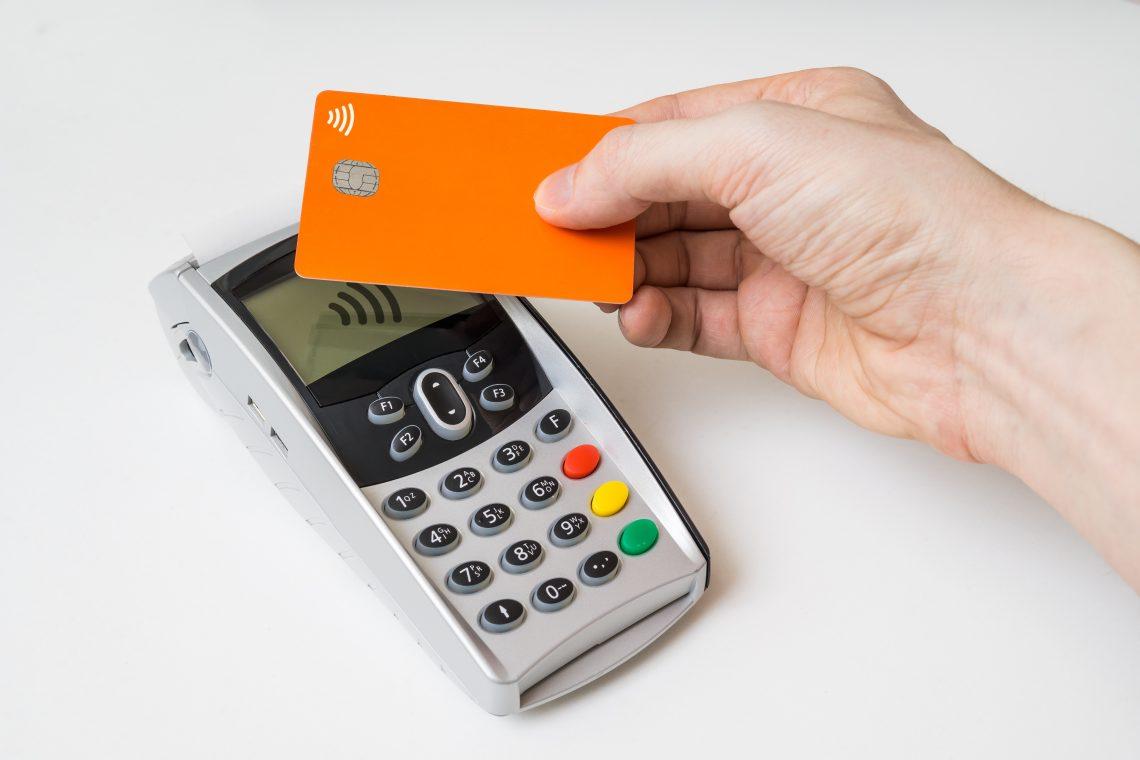 Cartões por aproximação estão se popularizando – e não estão imunes a fraudes