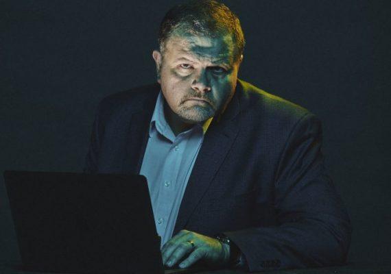 Como o hacker mais procurado dos EUA virou um aliado contra a fraude
