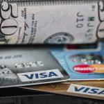 Saiba os limites de chargebacks e fraudes que as bandeiras de cartão aceitam