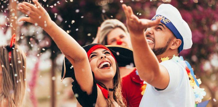 Carnaval: veja como cair na folia sem cair em fraudes